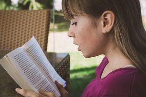 Czytamy książki, które zaskakują zakończeniem