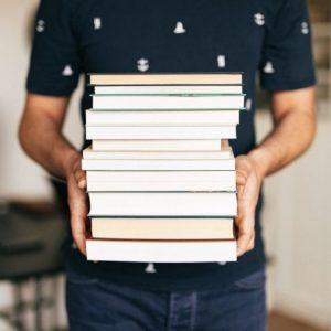 Jak czytać kilka książek naraz?